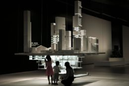 Abstrakt gedachte Stadtplanung: Besonders aufwändig gebaute Exponate zeigen überirdisch wie unterirdisch konstruierte Architektur.