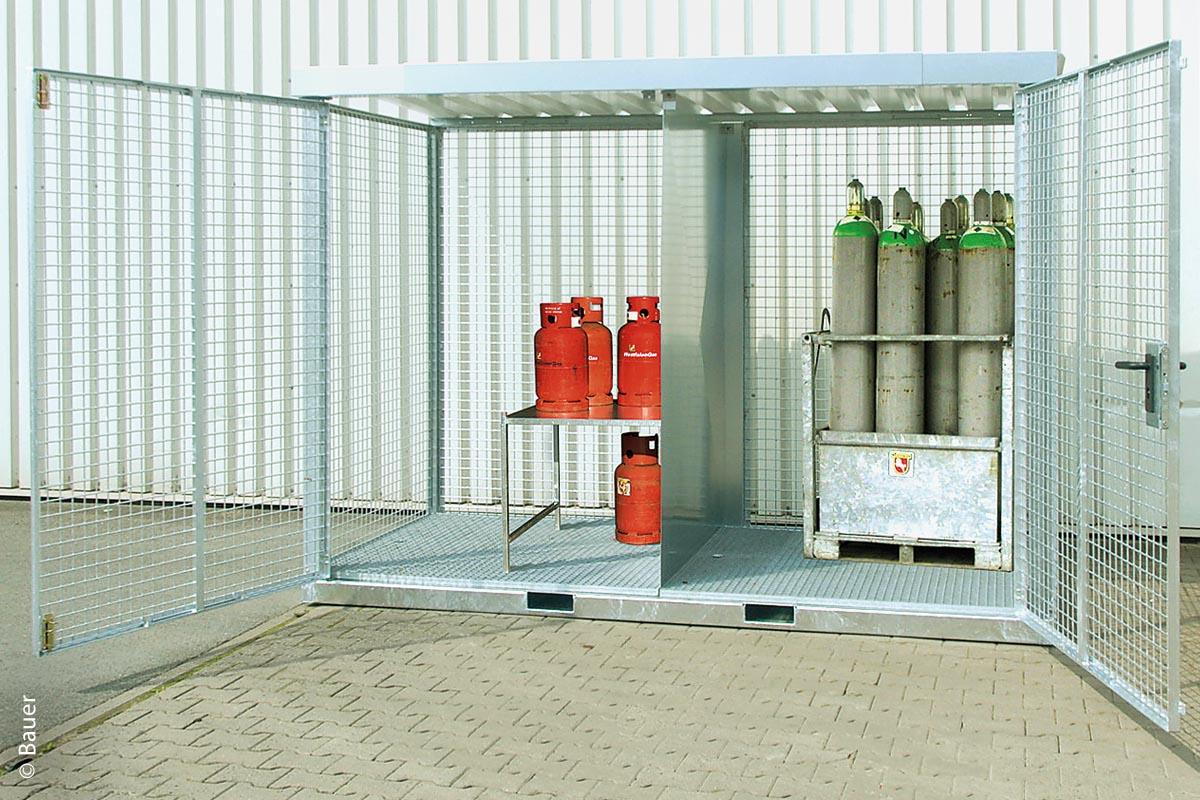 Einfahrtaschen im Boden beim Containertyp GFC-E