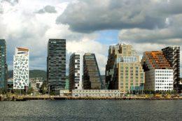 Oslo-Skyline: Im Sommer 2015 sind die meisten der modernen, mehrstöckigen Hafengebäude fertiggestellt.