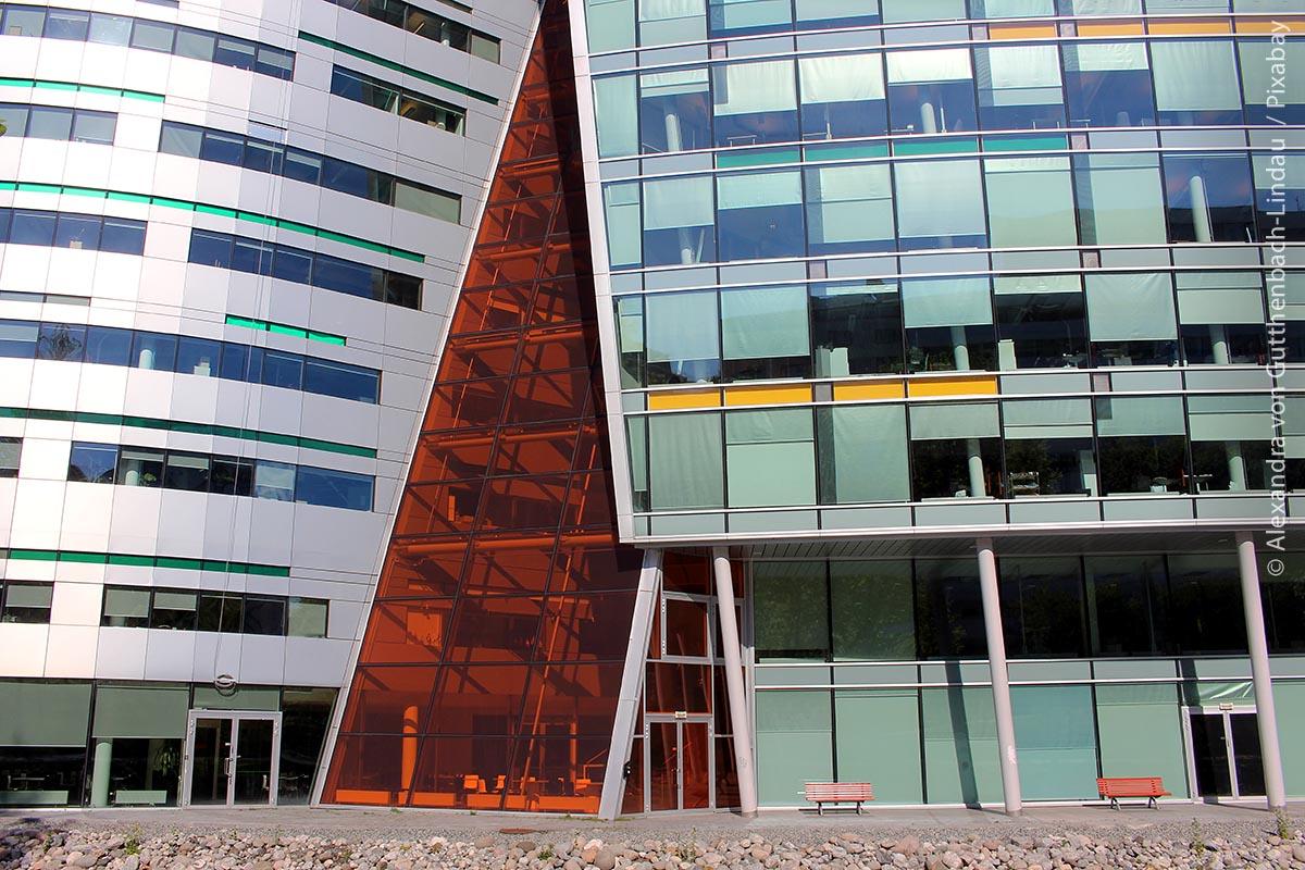 Mutige Farben und Formen halten zunehmend Einzug in Oslos Architektur: In den letzten 20 Jahren sind in Norwegens Hauptstadt sehr viele moderne Gebäude entstanden.