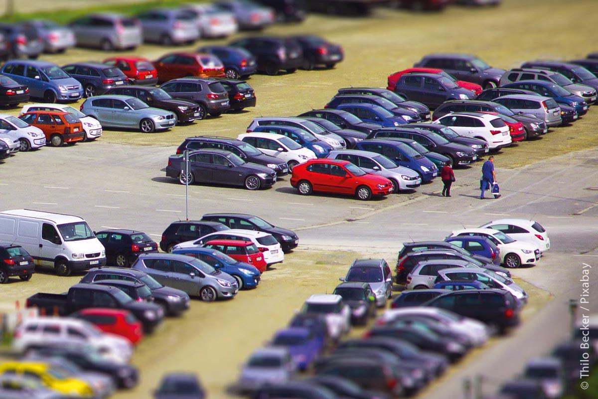 Die Bereitstellung von Stellflächen für Sharing-Angebote und innerstädtische Haltepunkte für Ridepooling fördert neue Mobilitätsdienstleistungen.