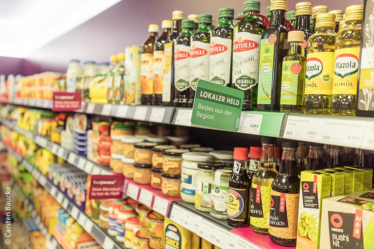 3000 Produkte im Angebot bereits am Eröffnungstag: Neben einer breiten Palette von Grundnahrungsmitteln gab es viel Neues zu entdecken.