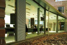 Kohlendioxid raus, Frischluft rein: Lüftungsgitter sorgen für frische Raumluft und angenehme Temperaturen in Räumen.