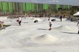 """Im Mannheimer Taylor Park sticht die Form der Anlage heraus: Drei unterschiedlich große """"Blasen"""" scheinen wie miteinander verbunden und greifen gestalterisch das Gesamt-Konzept auf."""