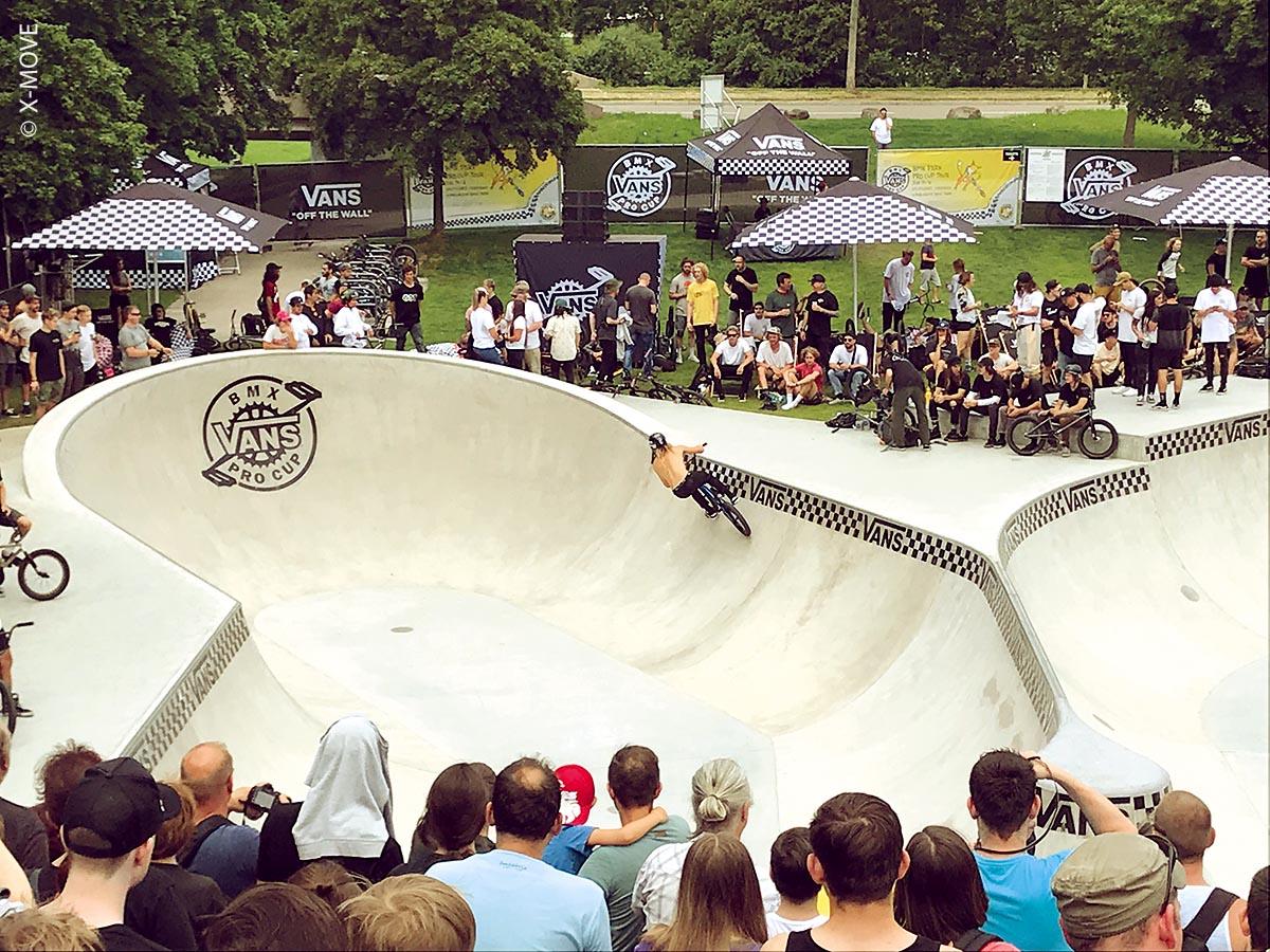 Der Skatepark in Waiblingen, der im Rahmen der Remstal Gartenschau 2019 hergestellt wurde, besteht aus einem großen Pool und einem kleinen Street-Bereich auf einer Fläche von insgesamt etwa 1.200 Quadratmetern.