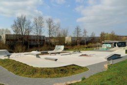 Der Skatepark in Hamburg Allermöhe befindet sich auf dem Vereinsgelände des TSG Bergedorf und umfasst etwa 900 Quadratmeter.