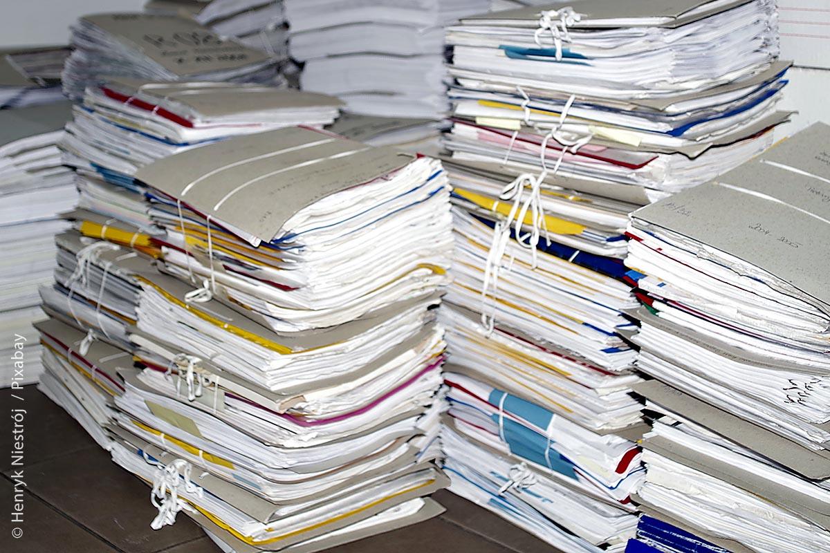 Ein sicherer Datenscan dürfte sich schnell auszahlen: Die Digitalisierung entlastet Archivräume und damit können hohe Lagerkosten reduziert werden.