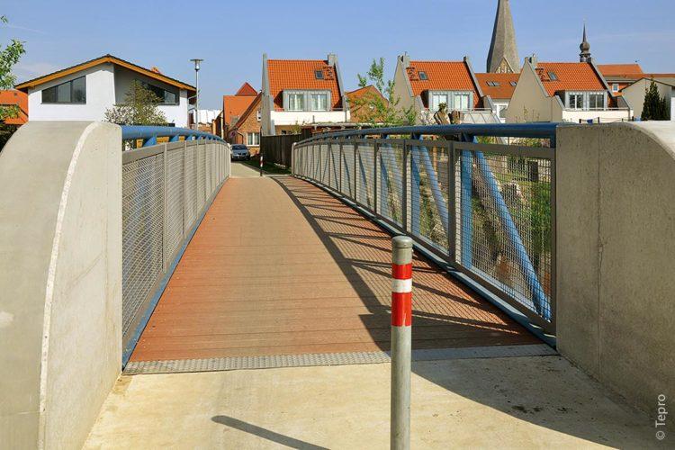Die Elefantenbrücke in Bützow ist 25 Meter lang und rund 2,8 Meter breit.