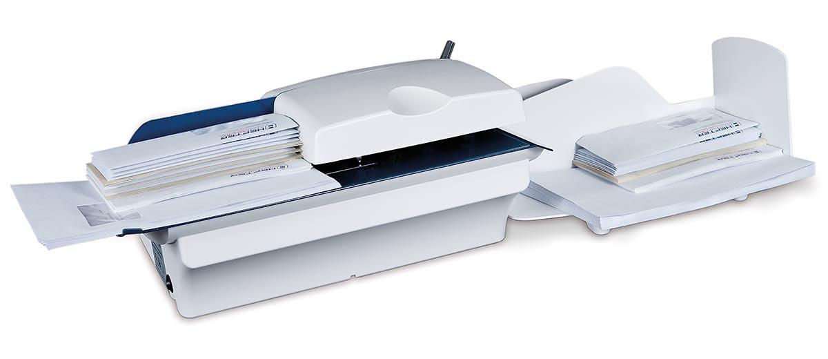 """Briefwahl ist """"in"""" – automatische Brieföffner von HEFTER Systemform nehmen Wahlhelfern in den Wahllokalen mühevolle Arbeit ab."""